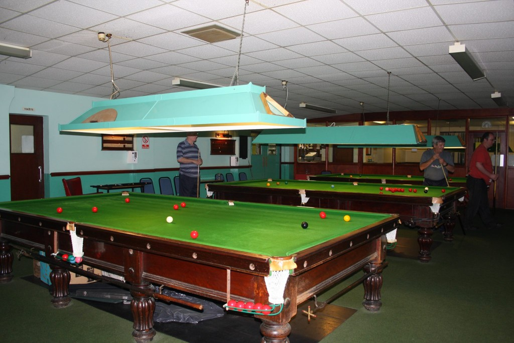 Match standard snooker tables.
